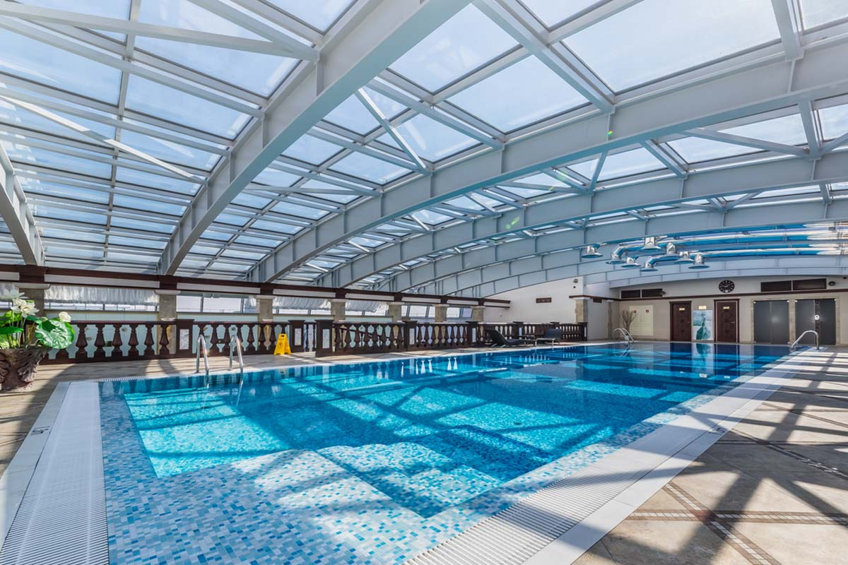 Spa swimming pool in st petersburg luxury hotel on for Spa swimming pool